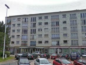 Appartement sis au 5ime tage comprenant hall, living (parquet), nouvelle cuisine quipee avec coin  djeuner, hall de nuit avec toilette spare, placard,