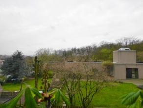 ***OPTIE***SINT-LAMBRECHTS-WOLUWE: Gelegen in een groene omgeving en dicht bij alle voorzieningen, mooi appartement met een totaal oppervlakte van 98