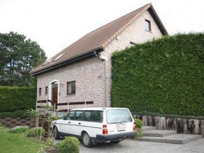 Villa dans situation calme à Moorsel. Près du centre de Tervuren (3,7km), l'école BSB à Tervuren (2,6km) et l'école