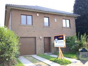 Villa spacieuse située dans quartier résidentiel, à deux pas du parc de Tervuren et de l'école BSB. Près des transp