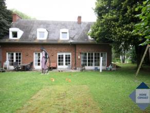 Villa spacieuse dans quartier résidentiel à Moorsel. Située à 4,5km de l'école BSB à Tervuren. Hall d'entr&