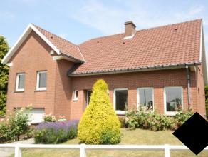 Villa sur 6are dans une rue calme. L'école BSB à Tervuren sur 3,1 km, l'école Allemande à Wezembeek-Oppem à 4km et