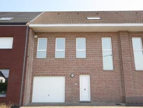 Maison unifamiliale dans une rue calme avec 5 chambres à coucher.<br /> Près du centre de Moorsel, la BSB (3.9km) et le centre de Tervur