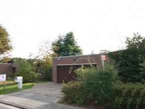 Bungalow spacieux à Moorsel près de l'école BSB à Tervuren (3,2km) et le centre de Tervuren (3,8km).<br /> Hall d'entr&eac