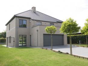 Villa dans situation calme à Moorsel sur 10are. Près de l'école BSB à Tervuren (4km) et l'école Allemande à