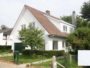 Villa située dans quartier résidentiel sur 6,75are à deux pas de l'école BSB à Tervuren (1km). A 2,4km du centre de