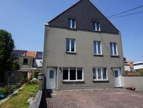 Maison 3-façade très proche du centre de Tervuren. La maison comprend 3 chambres à coucher (10, 17, 29m²), un living de 29m