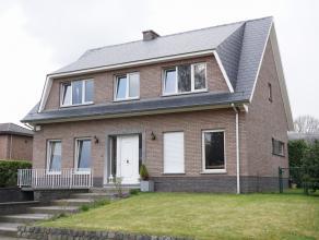 Villa située dans un quartier résidentiel et calme à Tervuren-Moorsel, 180m² habitables + 50m² garage et cave, 4 chambr