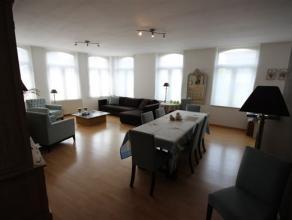 Prachtig twee slaapkamer appartement in het centrum van Mechelen. Unieke ligging met zicht op water. Zeer verzorgd appartement met al het huidige comf