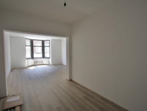 Volledig gerenoveerd 1slpk app in hartje Mechelen! Mooi appartement, gelegen op de eerste verdieping met 1 slpk, pal in het bruisende centrum. Apparte