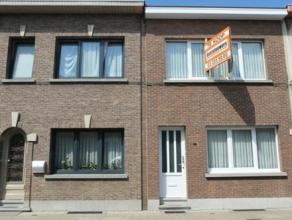 Aantrekkelijk gelegen (Deurne-Zuid) instapklare woning met 3 slaapkamers en stadstuin. Recent volledig gerenoveerd en echt instapklaar!