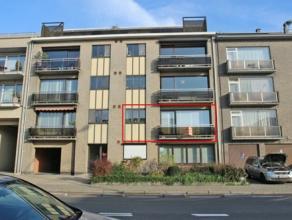 Mooi verzorgd en ruim appartement met als indeling een inkomhal, apart toilet, ruime living, keuken, 2xbergplaats, badkamer, 3 slaapkamers en 2x terra