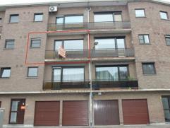 Zeer centraal gelegen appartement met 2 slaapkamers, voor- en achterterras, inpandige garage. Appartement is instapklaar.