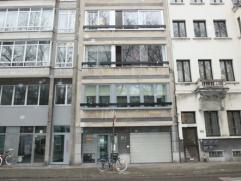 Gelijkvloersappartement met 2 slaapkamers in centrum.