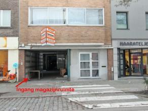 Zeer gunstig gelegen en ruim magazijn (300 m²) gelegen bij het centrum van Mortsel.