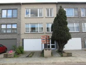 Woning met veel mogelijkheden, kan gebruikt worden als opbrengsteigendom bestaande uit 2 dezelfde appartementen met telkens 2 slaapkamers of als kango