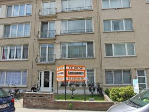 Volledig gerenoveerd, zeer ruim gelijkvloersappartement met 1 slaapkamer + bureel en grote tuin. Gelegen te Deurne Noord.