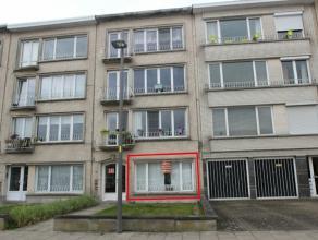 Instapklaar gelijkvloersappartement gelegen in Deurne Noord met 1 mogelijk 2 slaapkamers en tuin van 150 m². Dit gunstig gelegen eigendom werd vo