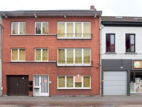 Nabij het centrum van Kapellen gelegen gelijkvloersappartement met 2 slaapkamers en grote zuidwest tuin met tuinberging van 30 m². Beschikbaar: 1