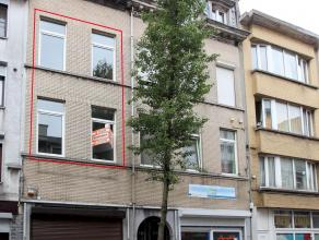 Zeer centraal gelegen duplex-apprtement met 2 slaapkamers. Het appartement beschikt over een grote leefruimte ca. 42 m2 en 2 ruime slaapkamers.
