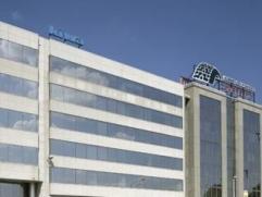 Gunstig geprijsde kantoorunit te huur aan de Singel Het betreft een kantoorgebouw gelegen op de Antwerpse Ring vlakbij de op- en afrit Antwerpen-centr