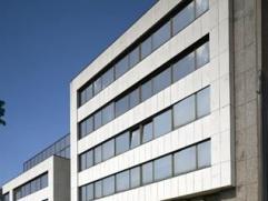 Het betreft een kantoorgebouw met open kantoorruimten. Het uiterst goed gelegen kantoorgebouw is gelegen aan de Singel en nabij de Craeybeckxtunnel. D