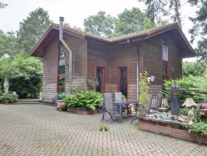 Instapklare woning met 2 slaapkamers, stallingen en kleine weide gelegen in de weekendzone te Essen-Horendonk. Recent en zeer goed onderhouden. Ideaal