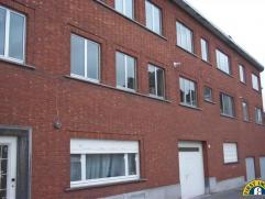 Aangenaam en rustig gelegen GEMEUBELDE studio (35m²) op de gelijkvloerse verdieping. Op wandelafstand van centrum Mechelen (Korenmarkt, Ijzerenle