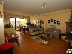Wilrijk Neerland: Ideaal nabij het Neerlandpark gelegen ruim en energiezuinig 2 slaapkamer appartement INCLUSIEF garagebox en kelder! Residentieel en