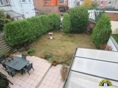 Ideaal gelegen gezinswoning met ruime ZW-tuin, rustige residentiële te Wilrijk VALAAR. Mogelijk aan te kopen onder KLEIN BESCHRIJF mits naleving