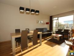 Ideaal gelegen instapklaar energiezuinig en zonnig appartement met terras en mogelijk autostaanplaats (vraagprijs 10.000euro) nabij het Nachtegalenpar