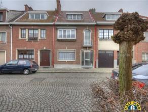 Ideaal rustig en residentieel gelegen gezinswoning met 4 slaapkamers en tuin aan het park van Fort-V! Mogelijkheid tot aankopen van ruime garagebox op