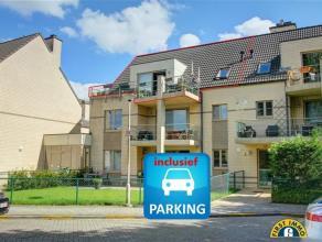 Energiezuinig en volledig instapklaar dakappartement met terras, 2 slaapkamers en inclusief een inpandige autostaanplaats. Gelegen in een wel zeer rus