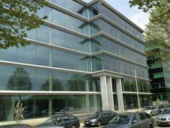 Office te huur High-end nieuwbouwkantoren te huur op toplocatie aan de Singel van Antwerpen.Laatste oppervlakte te huur!Licht en transparantie spelen