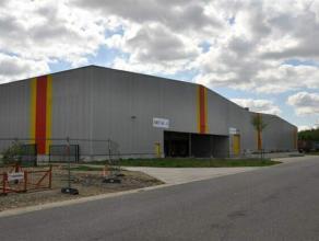 Warehouse te huur Goede ligging in de Transportzone Meer, vlakbij de grensovergang met Nederland aan de snelweg E19.