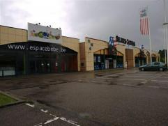 Retail te huur Zeer goed gelegen baanwinkel van ca. 5.000 m² op het Eupen Trade Center.
