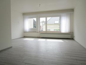 Gerenoveerd 3 slaapkamer appartement (ca. 95m²) vlakbij het Koning Albertpark. Het appartement werd met oog voor detail afgewerkt en is voorzien