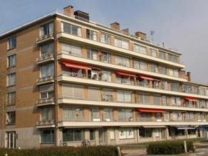 Hoekappartement van 130m² met 4 slaapkamers, 2 badkamers en ondergrondse parking gelegen aan de Turnhoutse Stadsrand.Dit appartement werd recente