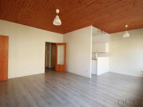 Aangenaam 1 slaapkamer appartement met kelder in Residentie Zavelhof. Indeling:Het praktisch ingericht appartement van ca. 60 m² is gelegen
