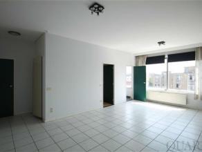 Aangenaam 1 slaapkamer appartement met kelder in Residentie Zavelhof. Het praktisch ingericht appartement van ca. 55 m² is gelegen op de 4de verd