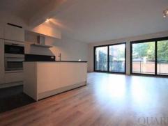 Kwalitatief appartement met 2 slaapkamers en terras Indeling:Het appartement (ca. 108 m²) is gelegen op de 5de verdieping en bereikbaar met een l