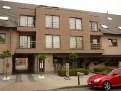Indeling:Verzorgd appartement gelegen op de 2e verdieping.Via de lift bereikt u de2de verdieping. Het appartement bestaat uit eenliv