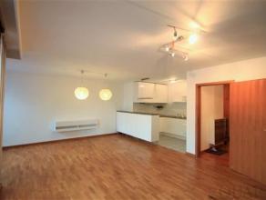 Indeling:Het appartement is gelegen op de 5de verdieping en bereikbaar met lift en/of trap. De gezellige lichte leefruimte geeft uit op een zuid geori