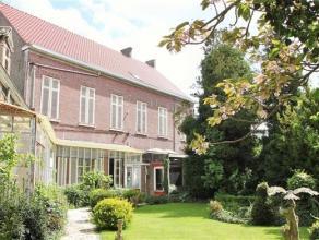 Herenwoning in neoclassicistische stijl in het centrum van HammeIndeling: Stijlvolle herenwoning van 1842, op een perceel van 761 m². Imposante i