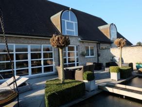 Perfect onderhouden villa met prachtig aangelegde tuin. Vlotte bereikbaarheid via E 19 Antwerpen-Brussel. Woning met 330,5 m² bewoonbare opp. en