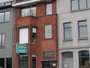 Aan Koninklijke laan in Berchem een opbrengsteigendom met charme bestaande uit 3 appartementen waarvan het gelijkvloers een duplex appartement van 180