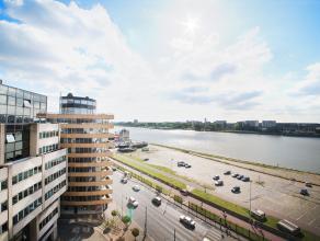 Kantoorruimte gelegen op de 9de verdieping van de Nordic Building op Sint-Pietersvliet 3 bus 9 te Antwerpen. Het kantoor heeft een oppervlakte van 270