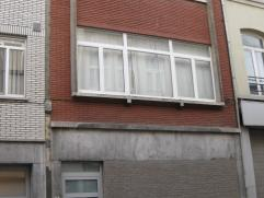 Appartement 2°verdieping. Living 34m²-1 slaapkamer 30m²-vernieuwde, ingerichte keuken met ijskast,el.vuur,dampkap en vaatwasser-badkamer