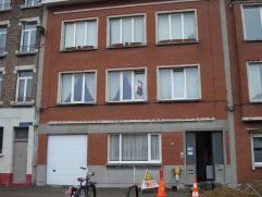 appartement met 2 slaapkamers vrij 1/10  Inkomhall 5m²,  living 25m², ingerichte keuken 7m², met koelkast, gasvuur en microgolfoven,