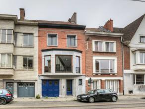 Deze prachtige burgerwoning gelegen in een zijstraat van de Hubert Frère-Orbanlaan beschikt over een 308 m² bewoonbare oppervlakte. De kla